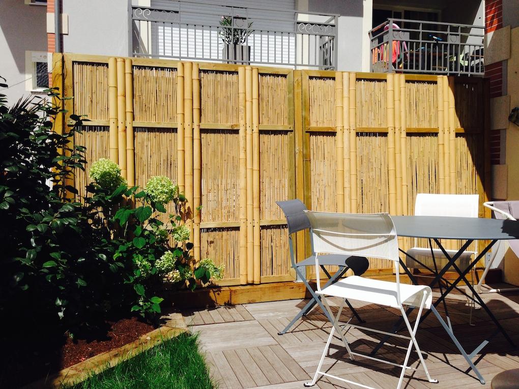 r alisation d 39 une palissade bois ou bambous sur le bassin d 39 arcachon paysagiste bordeaux. Black Bedroom Furniture Sets. Home Design Ideas