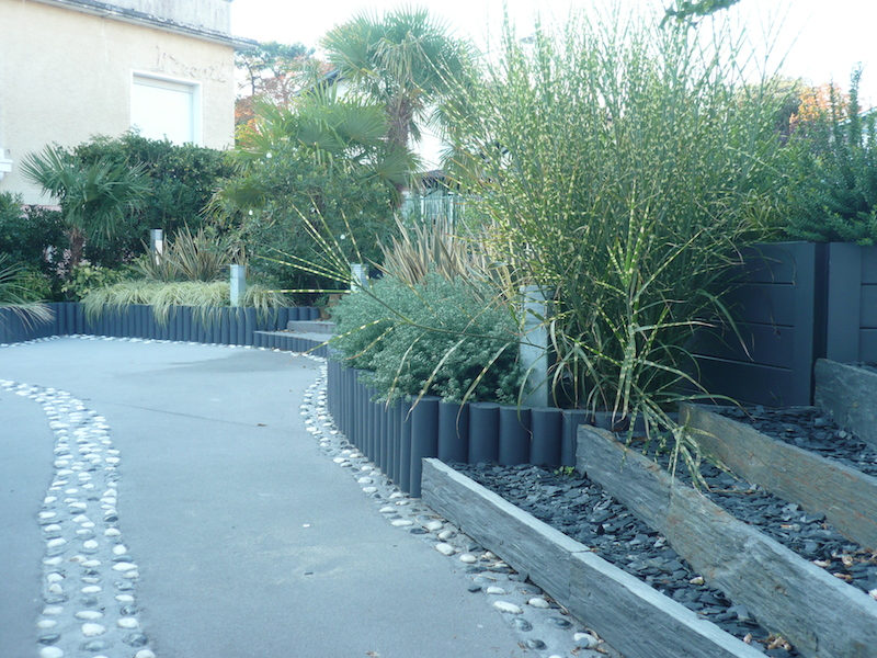 Mur De Sout?nement En Bois Plan : Sout?nement talus bois en gironde 33 – Paysagiste Bordeaux – Jardins